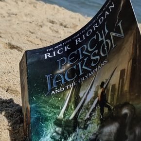 Retro Review: The Lightning Thief by Rick Riordan