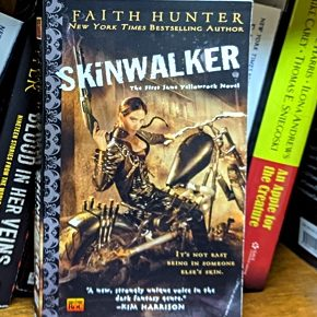Retro Review: Skinwalker by Faith Hunter